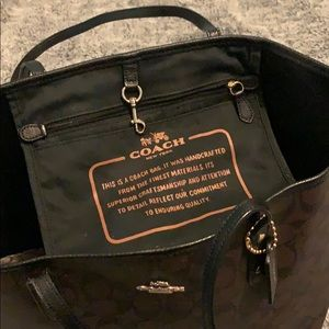 Coach Bags - Coach all leather city tote 👜 💗🍁🔥